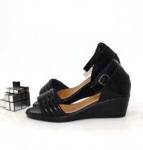 """Купити босоніжки повсякденні Vika p-110993. Взуття в роздріб - """"Перший взуттєвий"""""""
