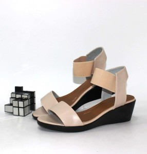 """Купити босоніжки повсякденні Vika p-110950. Взуття в роздріб - """"Перший взуттєвий"""""""