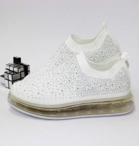 Кросівки жіночі в стразах - купити в інтернет магазині в Запоріжжі, Дніпрі, Харкові