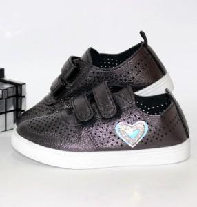 Кросівки для дівчаток - купити дівчаткам для школи