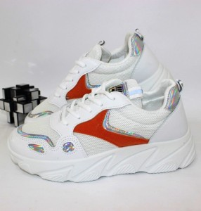 Кросівки жіночі - купити в інтернет магазині в Запоріжжі, Дніпрі, Харкові