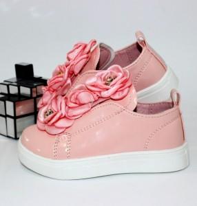 Купити Туфлі для дівчинки попереду гумка