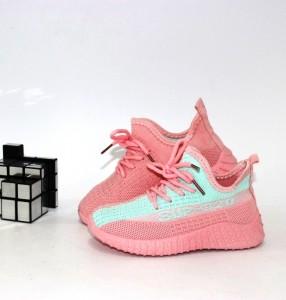 Кросівки для дівчинки - купити дитячі кросівки для садка