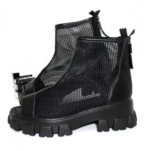 """Купити Літні чоботи і черевики Vika p-110753. Взуття в роздріб - """"Перший взуттєвий"""""""