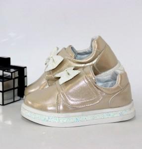 Кросівки для дівчинки на липучці - купити дитячі кросівки для садка