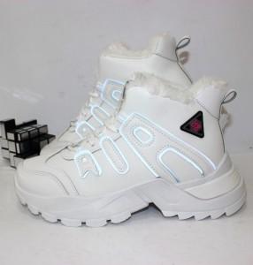 Кросівки жіночі - купити зимові кросівки