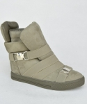 XW37001 OLIVER SUEDE