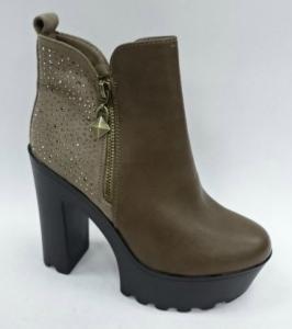 Модная обувь оптом дешево из Польши